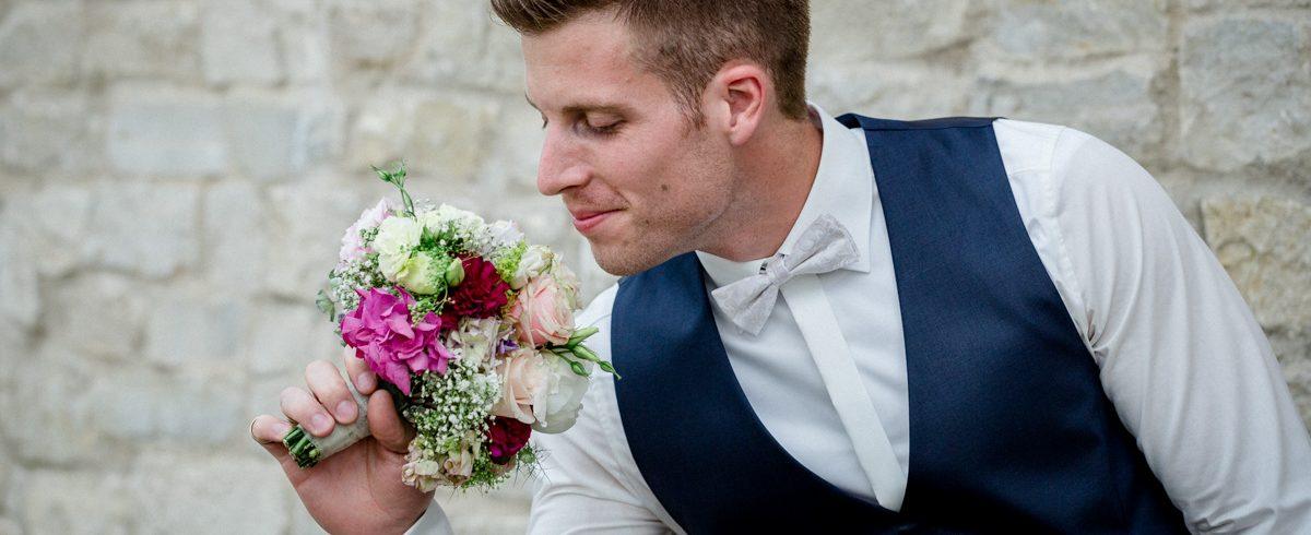 Wonfurt, Unterfranken, Fotografie, Hochzeitsbilder, Hochzeitsfotograf, Hochzeitsfotos, Hochzeitsreportage, professionelle Hochzeitsbilder, professioneller Hochzeitsfotograf, Wedding, maizuckerwedding, Bräutigam
