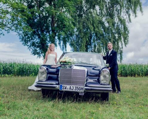Romantische Hochzeitsfotos, Paarshooting, Daimler, Mercedes, Hambach