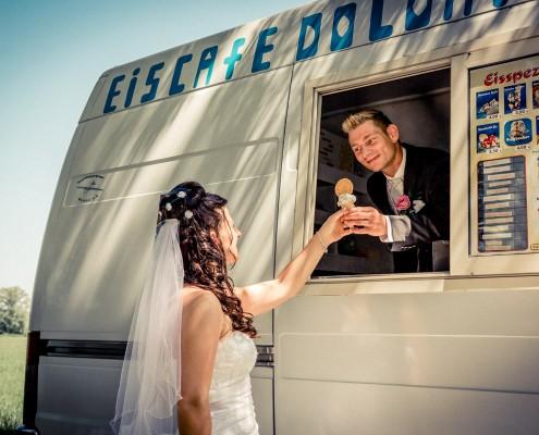 Coole Hochzeitsfotos, Paarshooting, Eisdealer, Wonfurt
