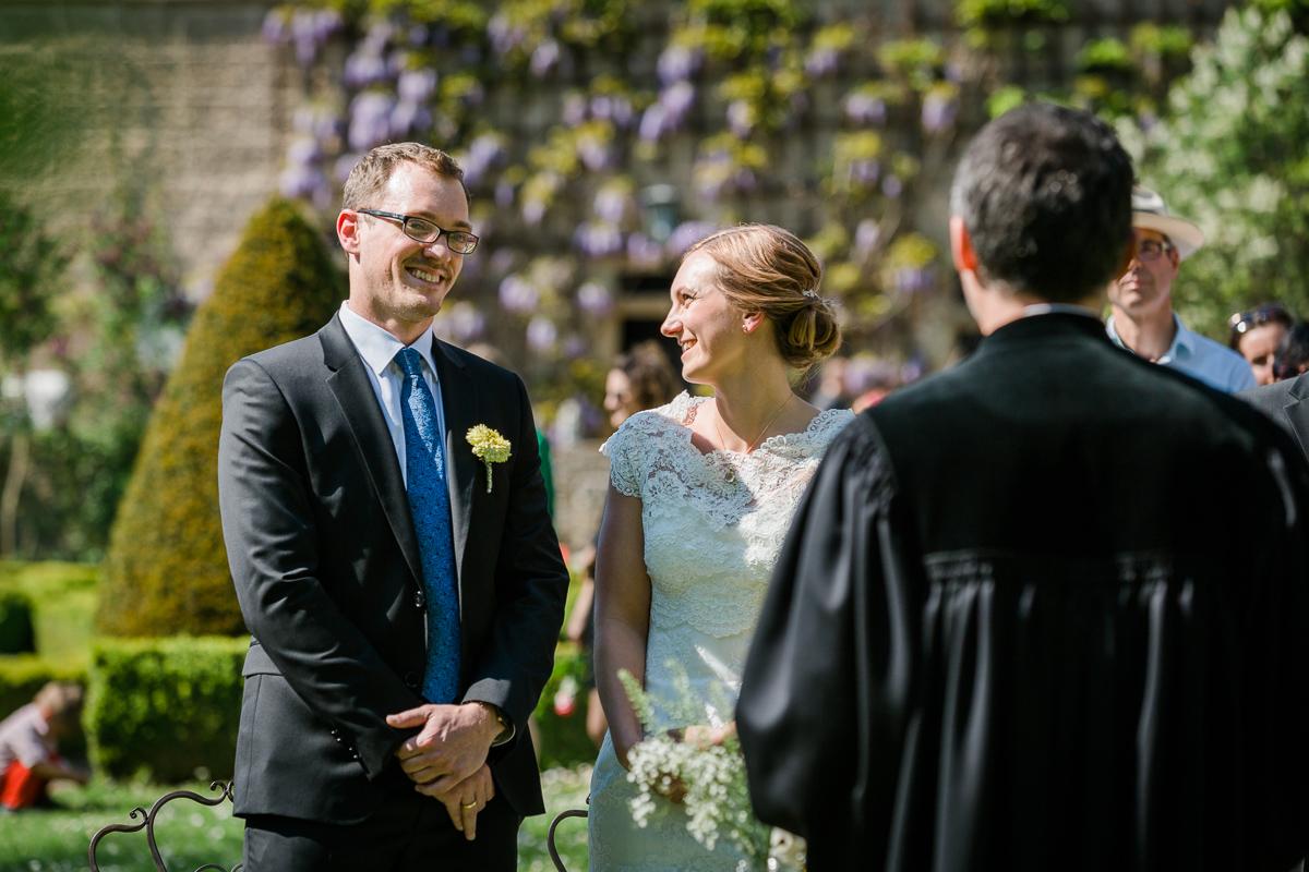 Freie Trauung, Barockschloss Zeilitzheim, Heiraten im Schloss, Philipp und Sabine, Hochzeit in Bayern, Hochzeitsfotografin Daggi Binder, maizucker Hochzeitsfotos