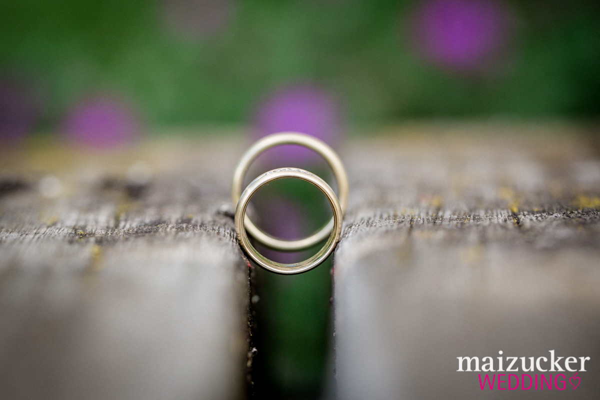 Wonfurt, Unterfranken, Fotografie, Hochzeitsbilder, Hochzeitsfotograf, Hochzeitsfotos, Hochzeitsreportage, professionelle Hochzeitsbilder, professioneller Hochzeitsfotograf, Wedding, maizuckerwedding, Details, Ringe