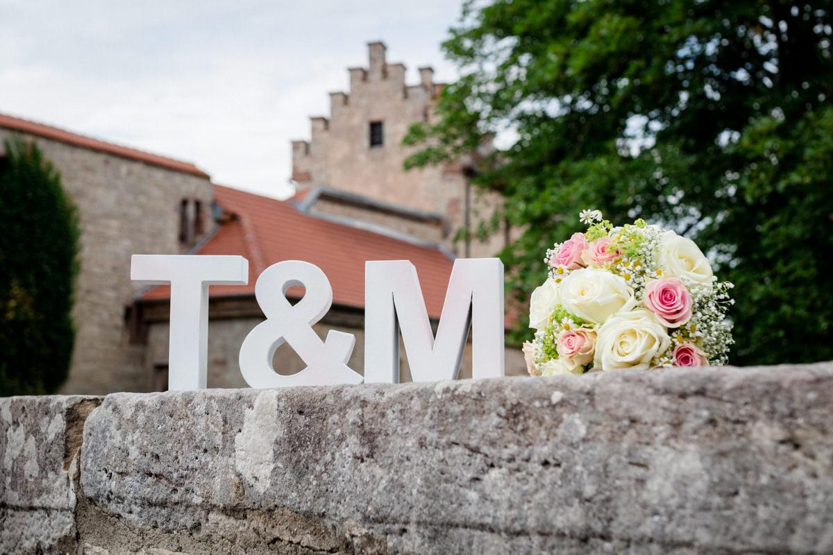 Hochzeit in Hammelburg, Schloss Saaleck, Hochzeitsfotos Schloss Saaleck, Hochzeitsfotograf Hammelburg, Hochzeitsfotografin, Hochzeit Schloss Saaleck, Burg Saaleck, Hochzeitsreportage Hammelburg