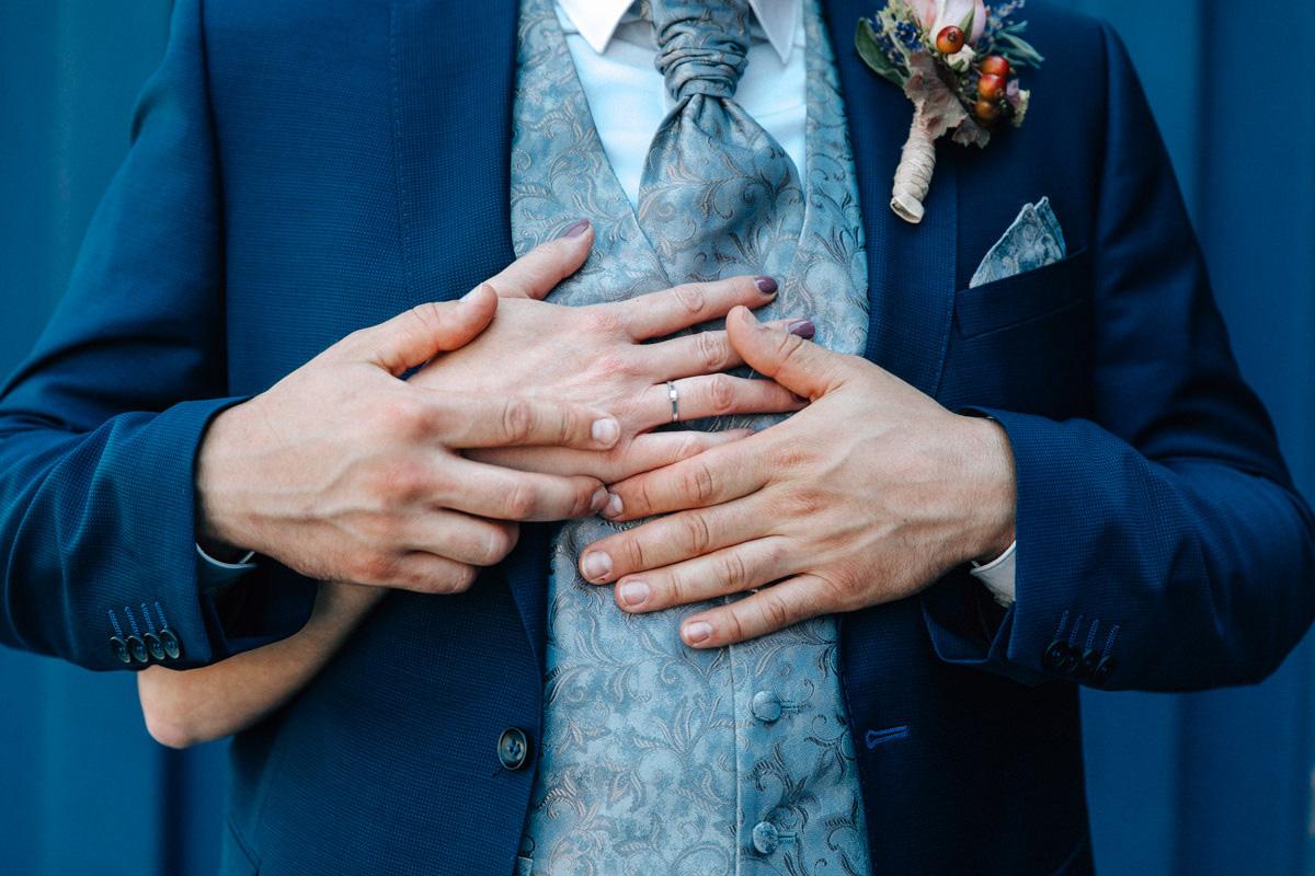 Sommerhochzeit, Sommerhochzeit Schweinfurt, Heiraten in Schweinfurt, Stettbach, Schweinfurt, Gochsheim, Scheunenhochzeit, kreative Hochzeiten, Hochzeitsfotografin, Hochzeitsfotos Schweinfurt, Scheunenhochzeit Gochsheim