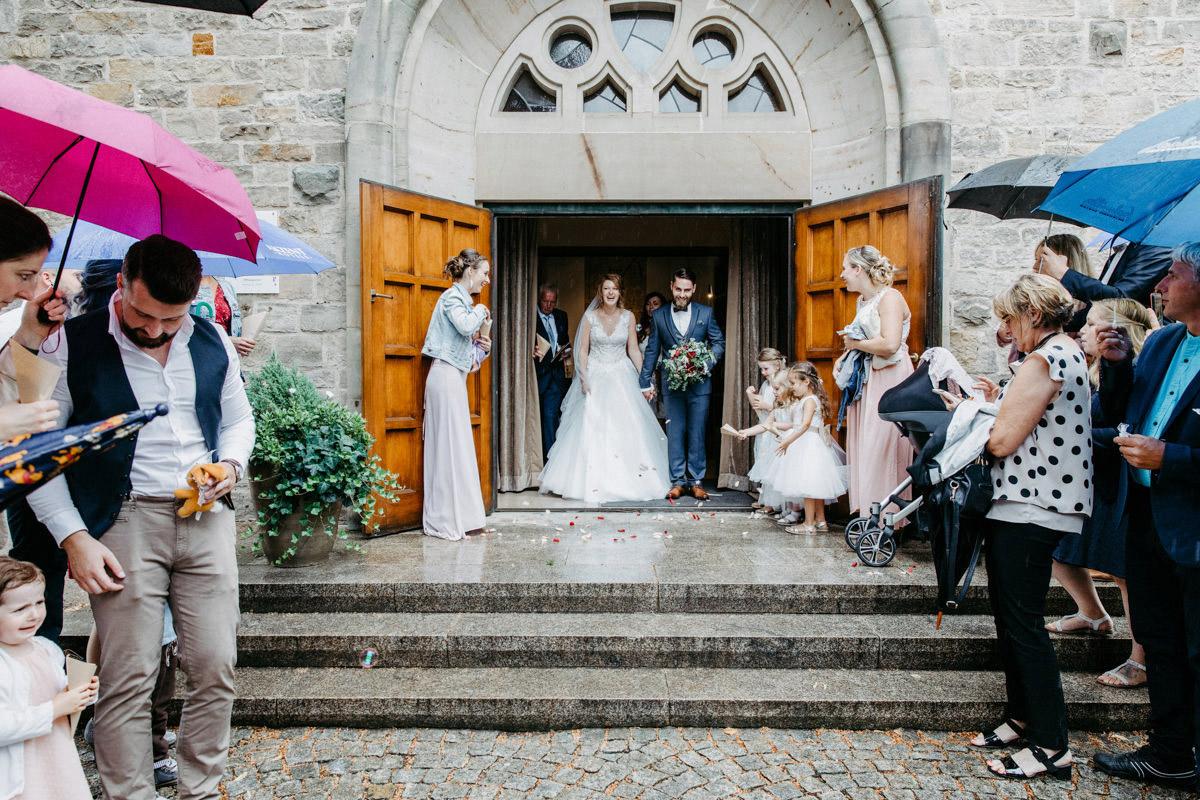 Hochzeitsfest, Hochzeitsreportage Schweinfurt, Hochzeit Schweinfurt, Fine-Art-Wedding, Summerwedding, Kirche Sennfeld, Hambach, kreative Hochzeitsfotografie, Heiraten in Schweinfurt, Schweinfurt, Hochzeitsfotografin Schweinfurt