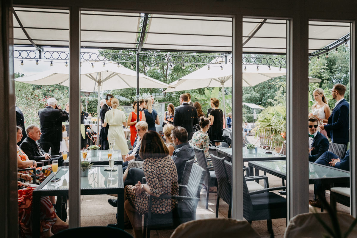 Hochzeit Rügheim, Landhochzeit, Landhotel Rügheim, romantisch individuell heiraten auf dem Land, Hochzeitsfotograf, Fotograf Hofheim, Unterfranken, Hochzeitsfotos Landhochzeit