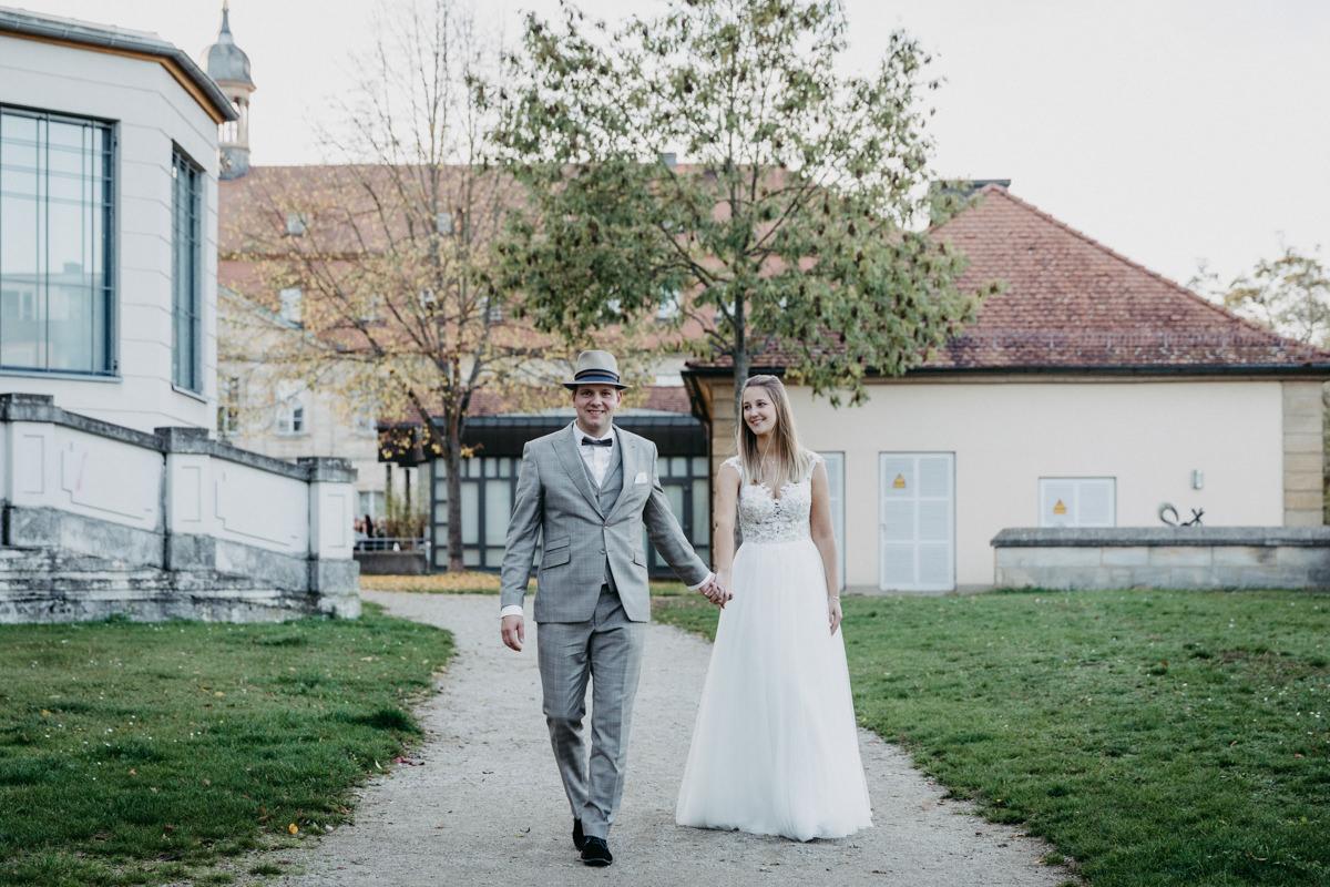 Schlosshochzeit, J&F, Heiraten in Bamberg, Residenzschloss, Fotograf Hochzeit Bamberg, Hochzeitsfotograf Bamberg, Herbsthochzeit, Traumhochzeit, Feuershow, Daggi Binder, maizucker wedding